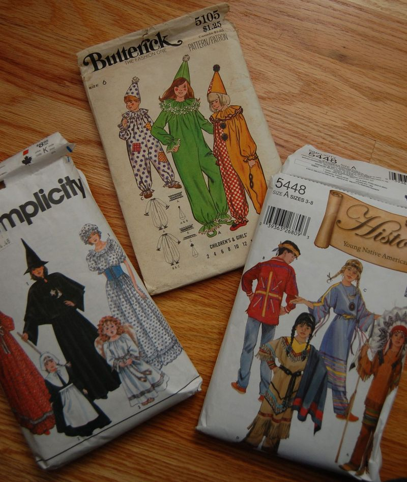 Costumes vintage pattnerns
